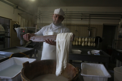 Pasta filata cheese making. Photo: Manoocher Deghati